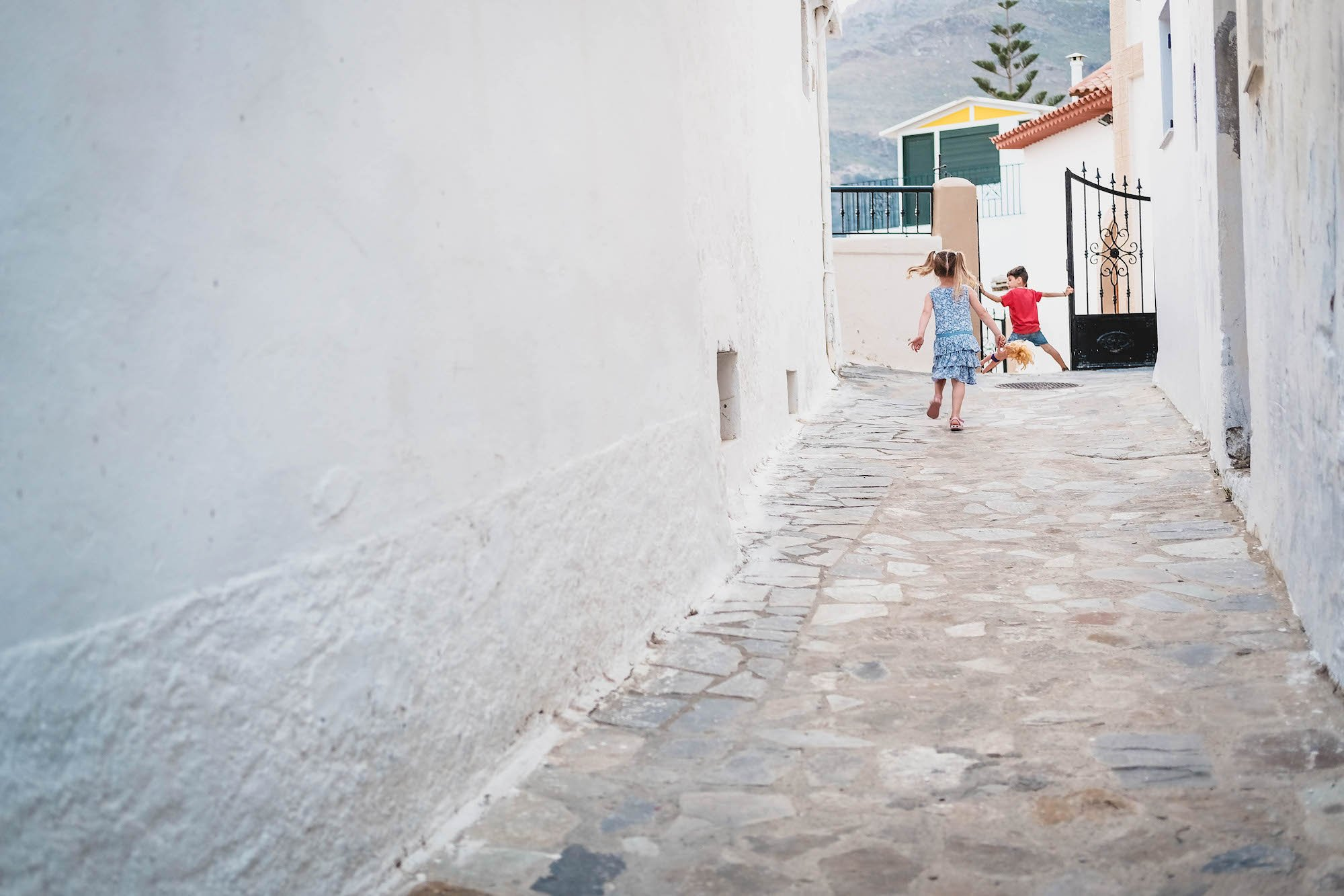 children-playing-streets-greece